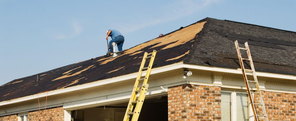 Deciding Whether To Repair or Replace Your Roof